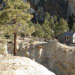 Übernachtungsmöglichkeit Eagles Mining Camp, Champions Mine, White Mts. CA