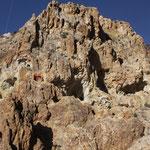Der völlig durchlöcherte Gipfelbereich der Champions Mine, White Mts. CA