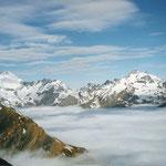 Blick über das Nebelmeer Richtung Kärpf und Hausstock, Elm, GL