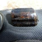 Frisch geborgener Turmalin mit schönen Innenreflexen, Cahuilla Mountains, Riverside County, CA