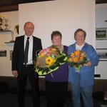Ein Blumengruß an die Wirtsleute unseres Vereinsheimes Frau Lore Lang und Frau Lieselotte Steichele