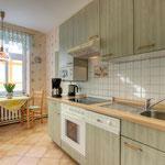 separate Küche, Kühlschrank mit Gefrierfach