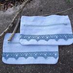 Pochettes en coton et lin teintées à la main avec le pastel