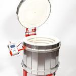 COMO fabrique aussi ses produits propres : matériels professionnels pour les céramistes
