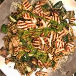 Mixed grill van groenten en halloumi met peterselieolie