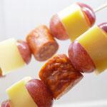 Käse, Trauben und leckerer Salami ?