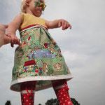 """Mädchenkleid """"Susanna"""" mit kostenlosem Schnitt und Nähanleitung"""