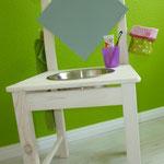 Waschtisch für Kinder selber machen aus einem Stuhl
