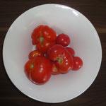 Auch krumme Tomaten sind lecker. Schnelle Tomatensuppe von Frau Käferin