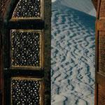 Desert Window, Abu Dhabi, UAE (2001). Nicole Harper ©