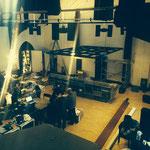 教会を改築した超本格的スタジオ。アナログサウンドが炸裂する日も近い!?