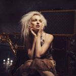 Model: Julia / Foto: Sophia Rothbauer