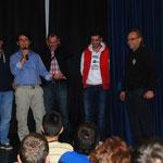 Auch die Gruppe aus dem Kosovo singt ein Lied ihrer Heimat.