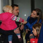 Gäste aus der griechisch-katholischen Kirche der Ukraine: Pfarrer Dr. Andriy Miykhaleyko mit Familie
