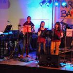 """Die Band """"- geistreich -"""" aus Frankfurt-Nied, u.a. mit Gemeindereferentin Verena Nitzling"""