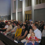 Die gut besuchte St. Hedwigskirche