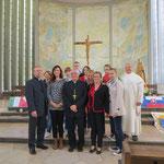 Weihbischof Dr. Thomas Löhr mit der polnischen Gruppe aus Biechowo