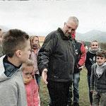 Pater Waltermann kümmert sich in Albanien um die Kinder und Jugendliche