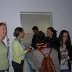 Der Kindergarten des Caritasverbandes kooperiert mit dem benachbarten Altenwohnheim.