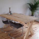 Grenen sloophout eettafel met kruispoot