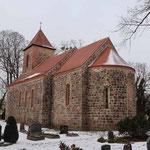 Ihlow - Kirche mit Schachbrettstein