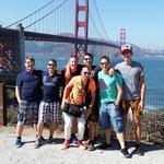 Unsere erste Tage verbrachten wir im trendsetterischen San Franciso, hier vor der bekannten Golden Gate ( zu Deutsch das goldene Tor )