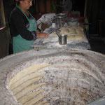 Так печуть у Грузіїї материнський хліб