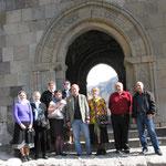 Наша невеличка група і гід старий професор (2й справа)