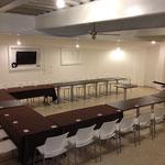 Oficina con gran espacio para organización de eventos empresariales