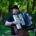 Jan-Willem #SingingOysterMan