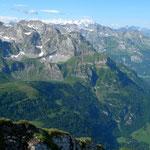 Blick bis zu den Berner Alpen