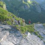 Abstieg ins tiefe Val Giffre