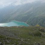 Lago di Telessio mit dem Rifugio Pontese