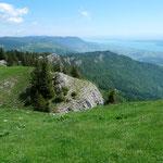 Blick von der Aiguilles de Baulmes zum Lac de Neuchâtel