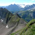 Hohbrisen, im Hintergrund Urirotstock und Brunnistock
