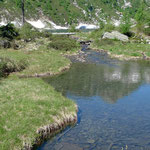Ausfluss aus dem Lago d'Alzasca