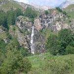 Wasserfall im Vallone del Roc