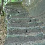 Steil hinab ins Maggiatal nach Someo