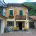 Albergo Leone in Forno, Ausgangspunkt des ersten Abschnitts der GTA