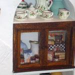 Caja grande de galletas de Clara; resto de cajas y frascos de Montse Monllor