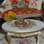 Bombones de Gema Minayo: Mayvi miniaturas; frutero de María Álvarez: Alondra's miniatures,