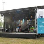 Eine der Bühnen