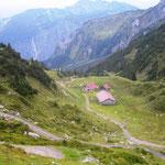 Abfahrt von der Freiburger Hütte