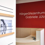 Hörgerätezentrum Gabriele Jütz, Filiale:  Ablage für Infomaterial
