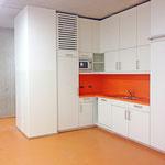 Gymnasium Reutershagen: Teeküche und Garderobenraum