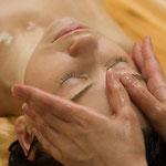 ASIAN ANTI-AGE VIP-Massage