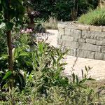 Sandsteintrockenmauer