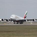 München Flügplatz, A380, größter und schönster Airbus flüüügt