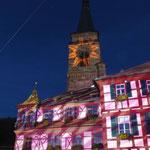 Das Schwabacher Rathaus beleuchtet bei der Goldschlägernacht
