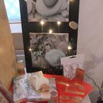 Stempel, Stanzer und Bilder für die Hochzeit